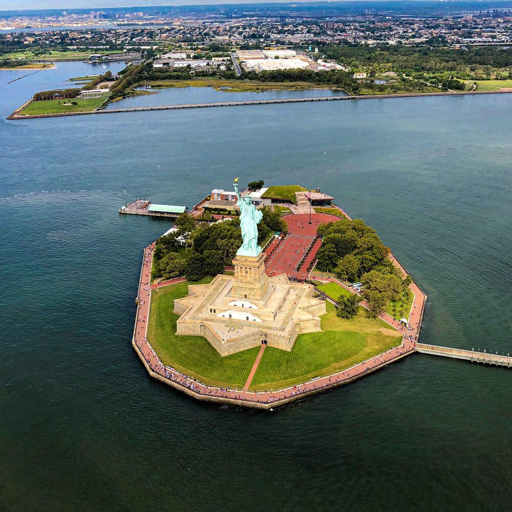 statue liberty island 1000x1000 kopie